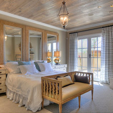 Traditional Bedroom by Cullum Homes and  Renovations