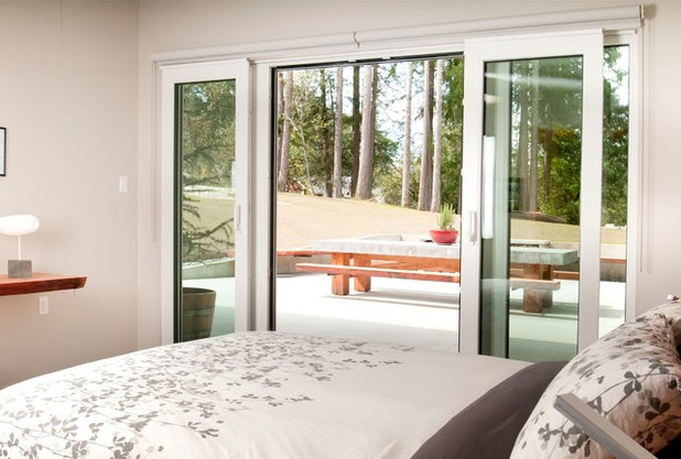 Contemporary Bedroom by NZ Builders Ltd