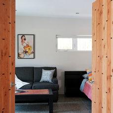 Contemporary Bedroom by NZ Builders ltd