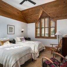 Beach Style Bedroom by Sandvold Blanda Architecture + Interiors LLC