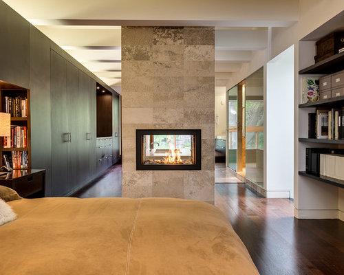 Chambre contemporaine avec une cheminée double-face : Photos et ...