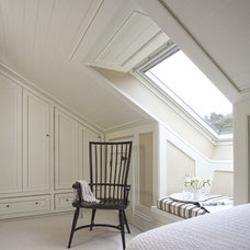 Traditional Bedroom by Wall Morris Design