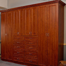 Traditional Bedroom by Contour A Closet