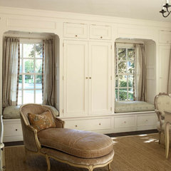 traditional bedroom by Warmington & North