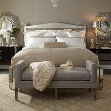 Bedroom by Warren Barnett Interiors