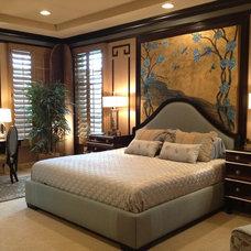 Eclectic Bedroom by KARLA TRINCANELLO-CID - INTERIOR DECISIONS, INC.