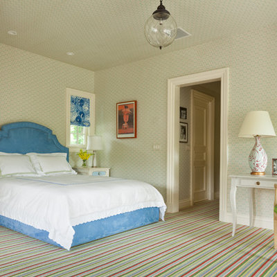 Inspiration for a timeless carpeted bedroom remodel in DC Metro with multicolored walls