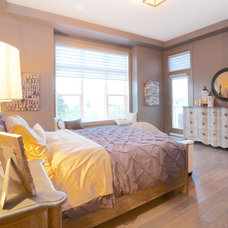 Traditional Bedroom by Homes by Avi