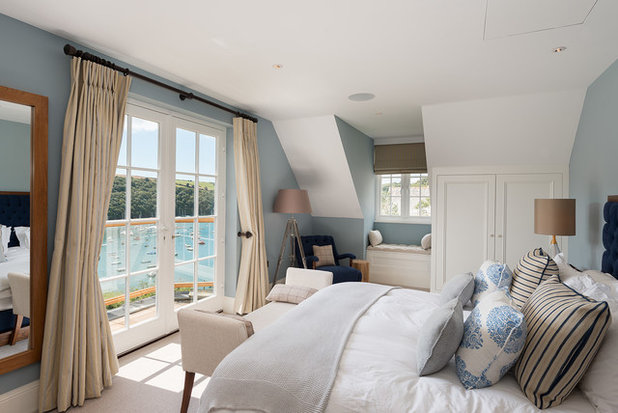 Coastal Bedroom by Woodford Architecture and Interiors