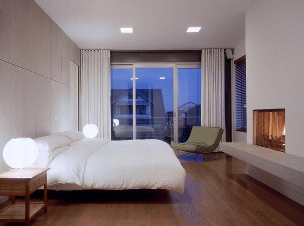 Modern Bedroom by Ehrlich Architects