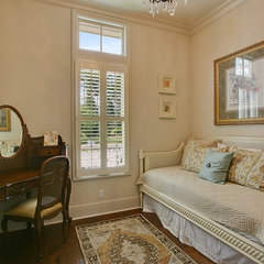 traditional bedroom by Highland Homes, Inc.