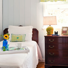 traditional bedroom by Cathy Green Interiors