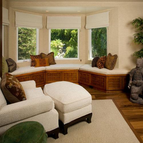 asiatische schlafzimmer mit beiger wandfarbe ideen. Black Bedroom Furniture Sets. Home Design Ideas