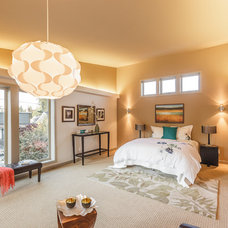 Contemporary Bedroom by RD Construction