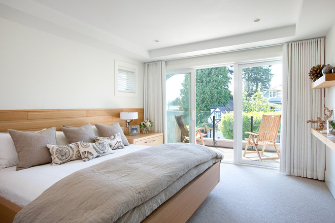 Contemporary Bedroom by Blackfish Homes Ltd.