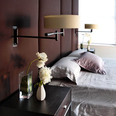 Modern Bedroom by moment design + productions, llc