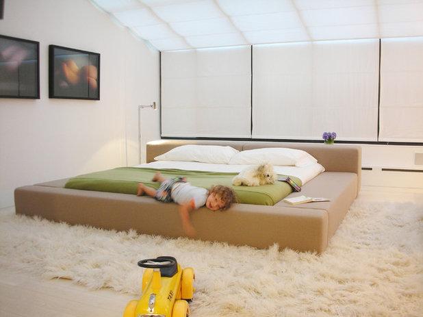 Scandinavo Camera da Letto by West Chin Architects & Interior Designers