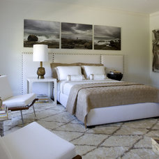 contemporary bedroom by Kwinter & Co.