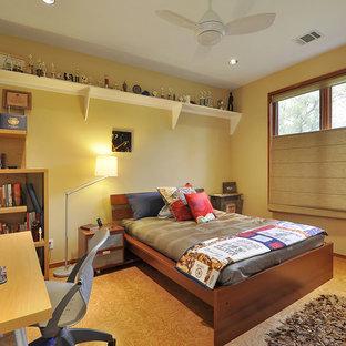 Bedroom - contemporary bedroom idea in Austin