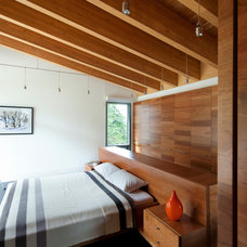 Modern Bedroom by BattersbyHowat Architects