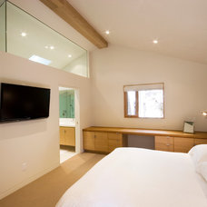 Contemporary Bedroom by OKB Architecture