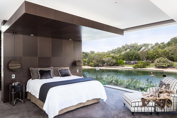 Tropical Bedroom by Tim Ditchfield Architects