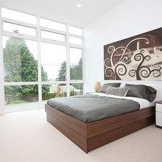 Modern Bedroom by Method Homes