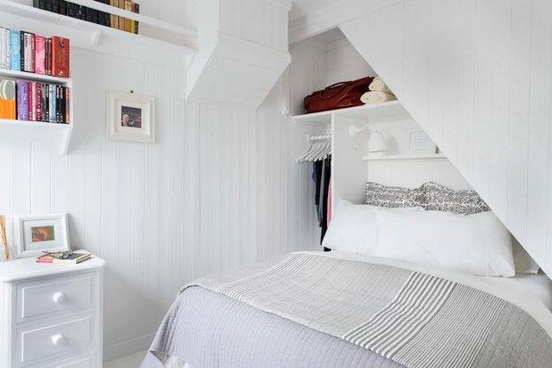 ビーチスタイル 寝室 by Whitstable Island Interiors