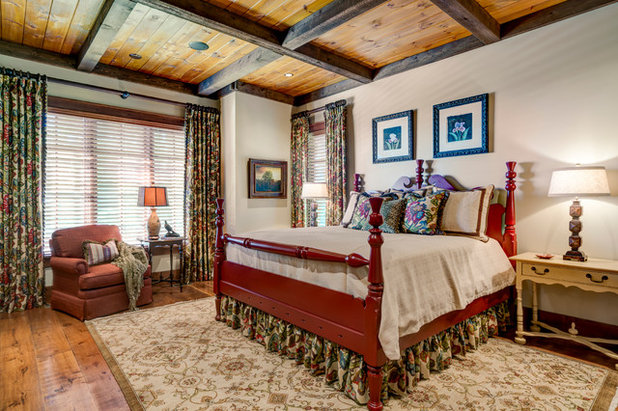 Traditional Bedroom by Dianne Davant and Associates