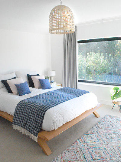Modern Bedroom by EB Interiors