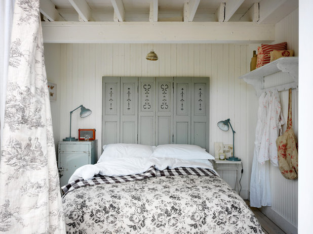 Beach Style Bedroom By Cabbages U0026 Roses Ltd
