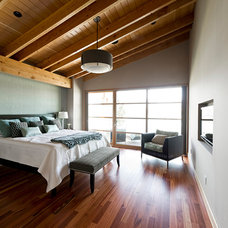Rustic Bedroom by site lines architecture inc.