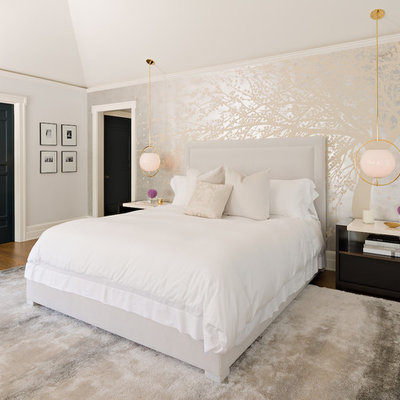 Inspiration for a mid-sized contemporary guest dark wood floor bedroom remodel in Los Angeles with gray walls