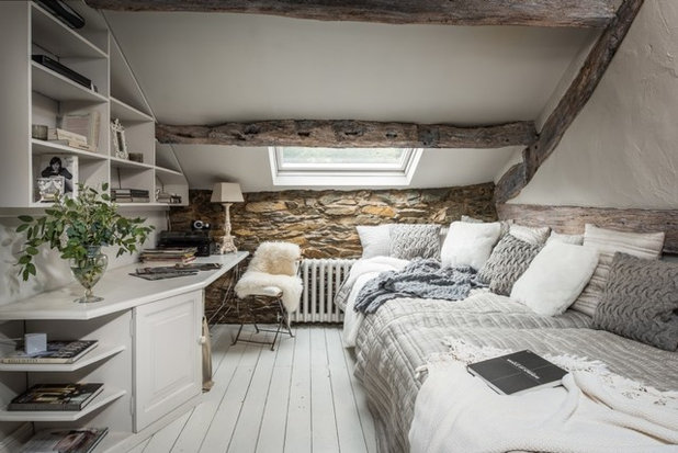 Farmhouse Bedroom by Unique Home Stays