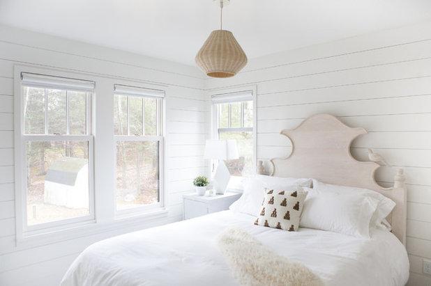 Transitional Bedroom by Albertsson Hansen Architecture, Ltd