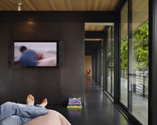 Chambre avec un sol en bois fonc et un mur noir photos for 14 wall street 23rd floor