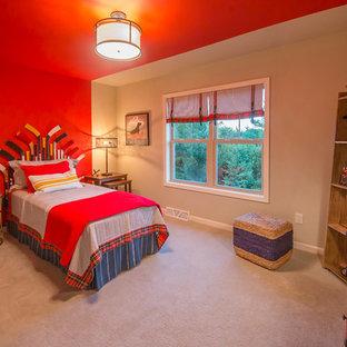 На фото: гостевая спальня среднего размера в морском стиле с красными стенами и ковровым покрытием без камина с