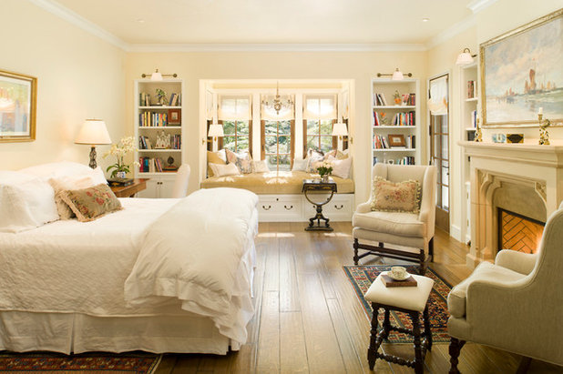 9 design recipes for a peaceful bedroom for Traditional master bedroom designs