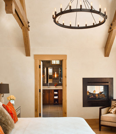 Rustic Bedroom by Structural Associates