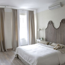 Transitional Bedroom by Deco27