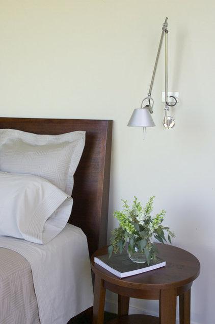 Contemporary Bedroom by Sutton Suzuki Architects
