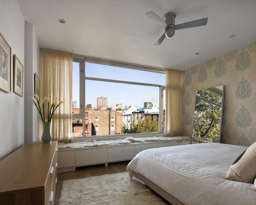 Contemporary Master Bedroom Idea In New York With Multicolored Walls