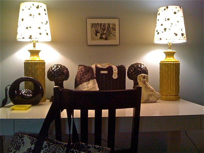 Bedroom Yellow Black and White Desk