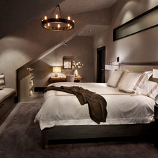 Contemporary Bedroom by LKID
