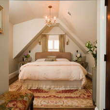 Traditional Bedroom by M GRACE INTERIORS