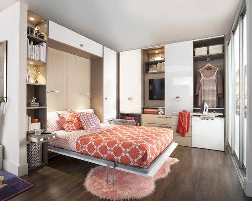 cette photo montre une petite chambre damis moderne avec un mur blanc un