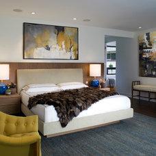 Midcentury Bedroom by Lori Dennis, Inc.