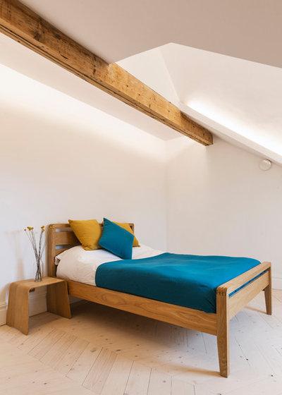 Victorian Bedroom by Ecospheric