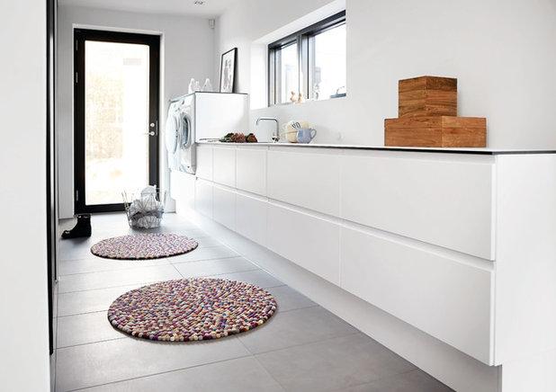 Contemporary Tvättstuga by JKE Design