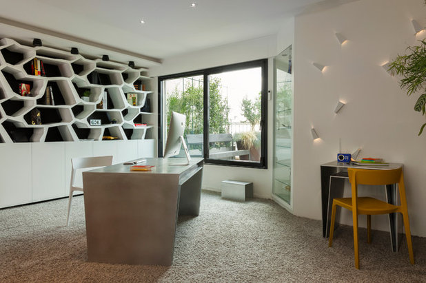 Contemporary Home Office by Agence Glenn Medioni